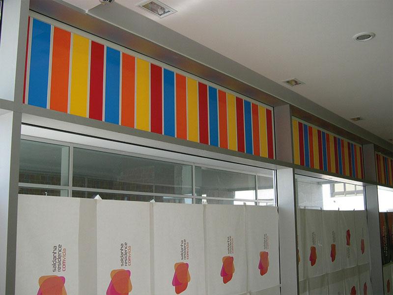 AlmaKids decoração de montra interior