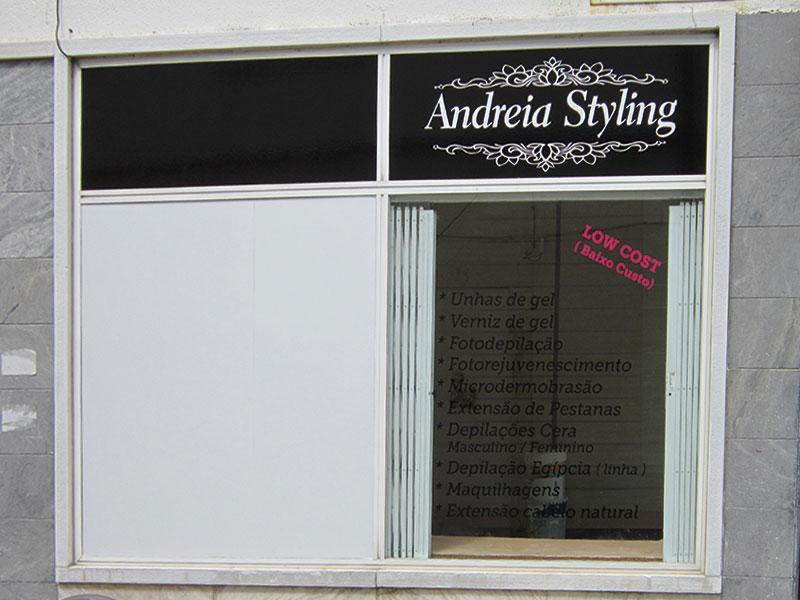 Andreia Styling Decoração de montra. Parede lateral