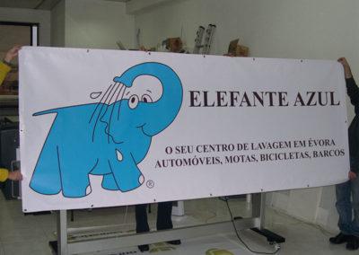 Elefante Azul Centro de Lavagem Lona publicitária