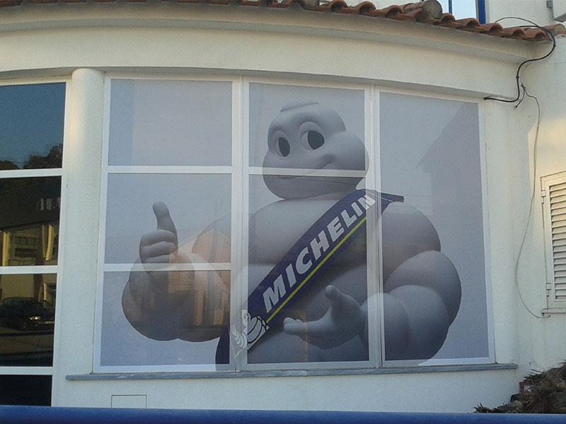 Michelin Manuel dos pneus decoração de montra