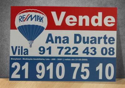 Remax imobiliária Placas
