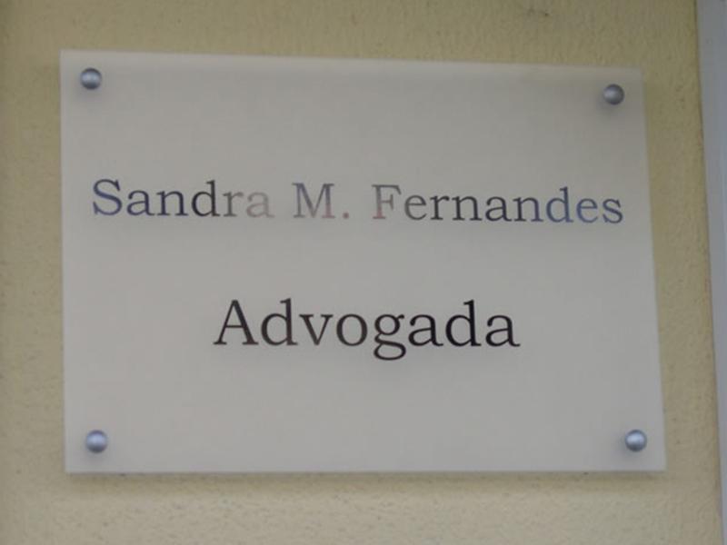 Sandra M. Fernandes advogada Placa Acrílica