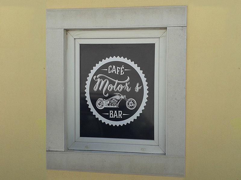 Motors café  janela identidade