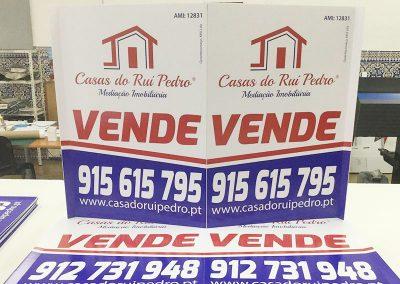 Placas imobiliária Casa do Rui Pedro